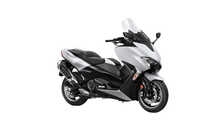 T-Max 530 DX con Kit Sport de regalo